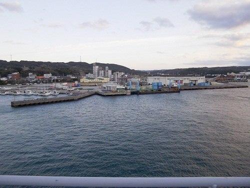 2012年12月共同フェリーから見た池田港