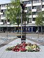 """20130512 Amsterdam Nieuw-West Slotervaart World War II memorial at Sierplein. """"Bevrijde Vogel"""" by Siep van den Berg 01.JPG"""