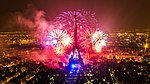 2013 Fireworks on Eiffel Tower 01.jpg