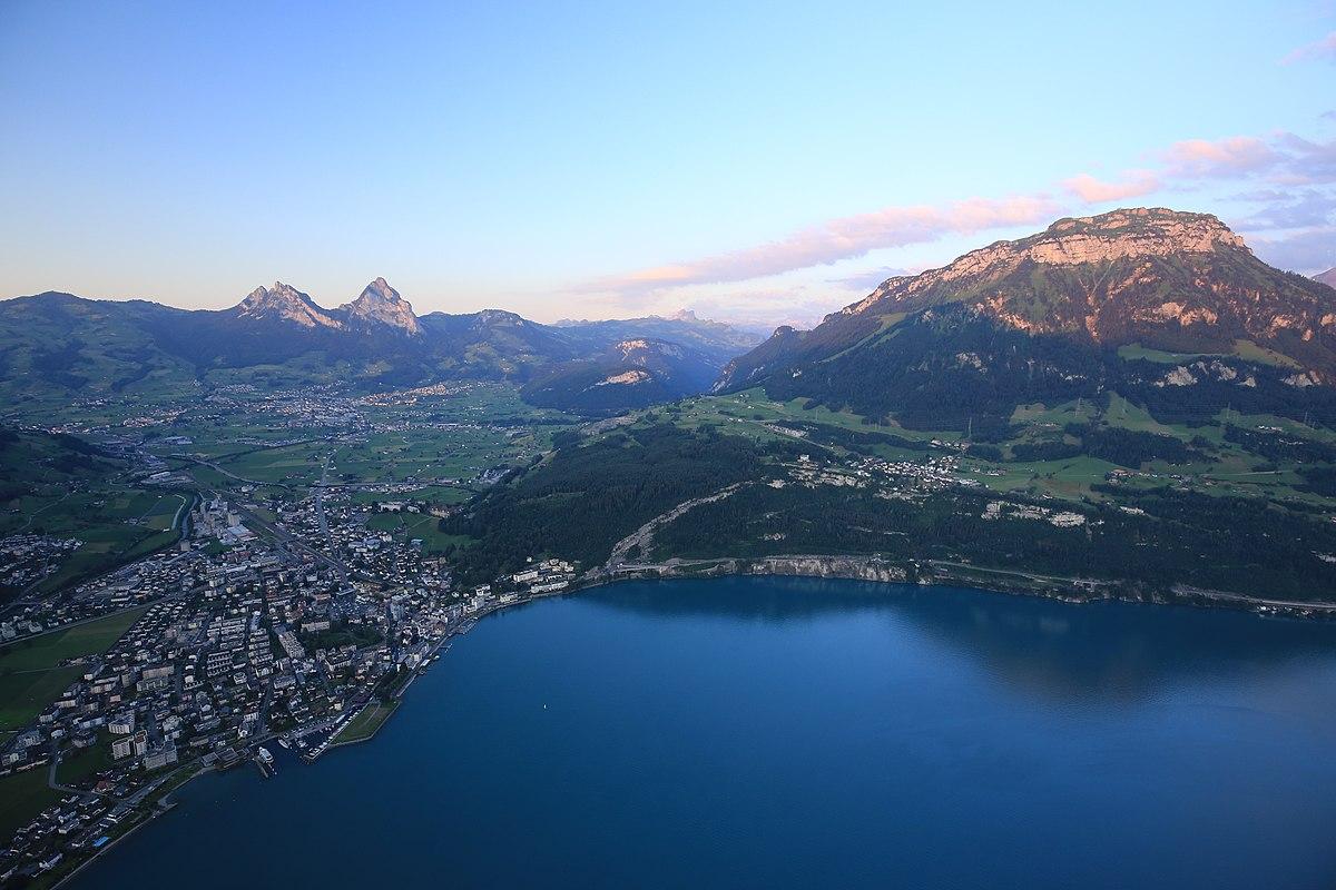 Brunnen - Wikipedia