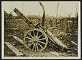 A captured German howitzer at Martinpuich, Bestanddeelnr 158-0967.jpg