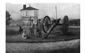 A muzzle loading cannon, at Fort Niagara, from Curwood's 1909 The Great Lakes -be.png