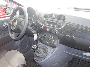 Abitacolo Fiat 500.jpg