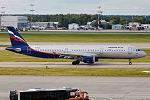 Aeroflot, VQ-BED, Airbus A321-211 (15833707664) (2).jpg