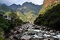 Aguas Calientes a řeka Urubamba - panoramio.jpg