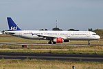 Airbus A321-232, Scandinavian Airlines (SAS) JP6909582.jpg