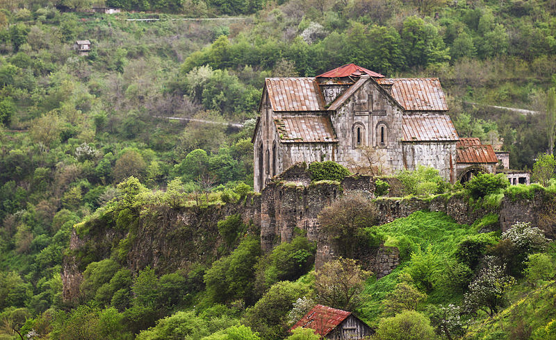 File:Akhtala Church Monastery, Armenia.jpg