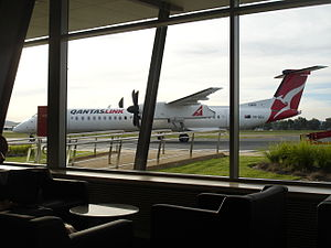 Albury Airport - A QantasLink Q400 that had just arrived at Albury Airport from Sydney