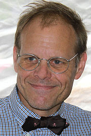 Alton brown 2011.jpg