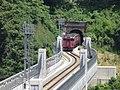 Amarube bridge S-Curve Kiha47.jpg