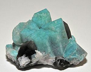 Amazonite - Image: Amazonite, quartz 300 3 7927