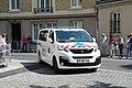 Ambulance tour de france 95070.jpg