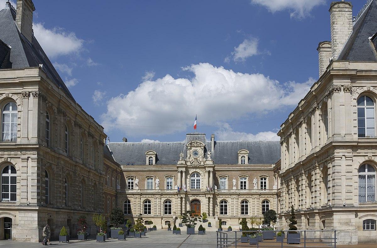 Q28041288 wikidata for Hotel design piscine ile de france