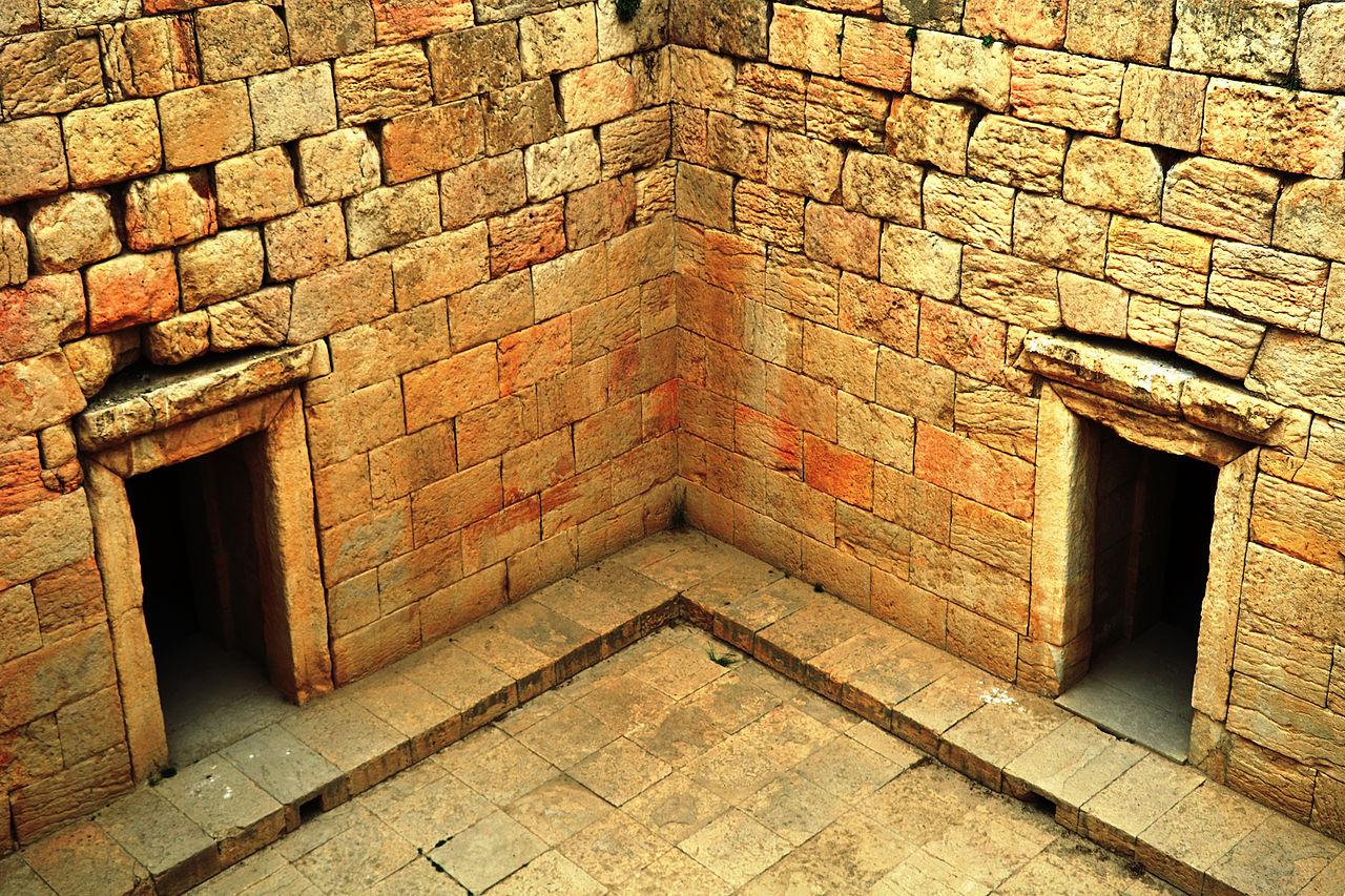 نمای درونی از معبد آناهیتا