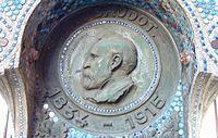 Anatole de Baudot - Plaque commémorative à l'église Saint-Jean-de-Montmartre - Détail.JPG
