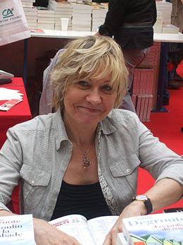 Annie Degroote à la foire du livre 2010 de Brive la Gaillarde.JPG
