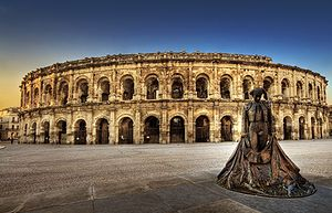 French architecture - The amphitheatre at Nîmes