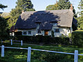 Arkesden cottage and fence, Essex, England 02.jpg