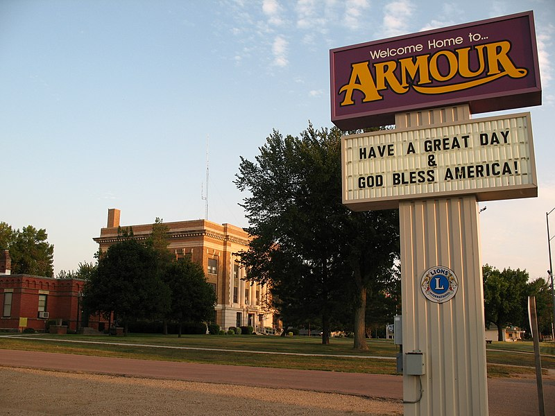 Fil:Armour, South Dakota sign.jpg