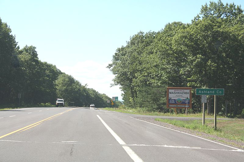 File:Ashland County Wisconsin Sign US2 Bad River Indian Reservation.jpg