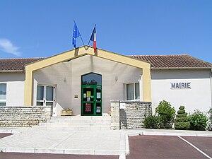 Asnières-sur-Nouère - Town hall