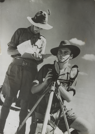 Henry Christopher Mance - Australian soldiers using a Mance heliograph in 1940
