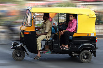 English: An auto rickshaw in Bangalore, India
