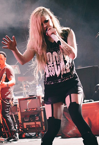 Picture of a band or musician: Avril Lavigne