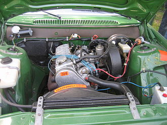Volvo 200 Series - B21A (single side draft carburetor) engine in a 240