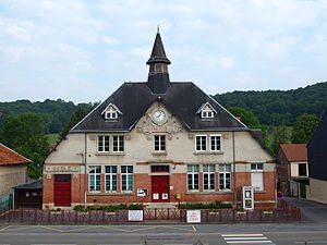 Ballay - The Town Hall