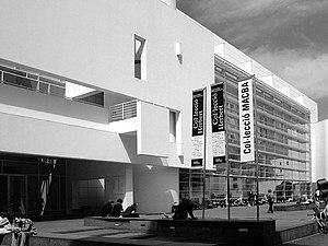 Culture of Barcelona - Barcelona Museum of Contemporary Art (MACBA), in El Raval (Ciutat Vella).