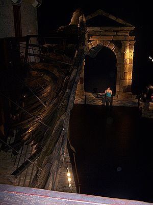 ANCODS - Batavia's hull remains and a replica of the portico on display in the Fremantle Shipwreck Gallery, WA