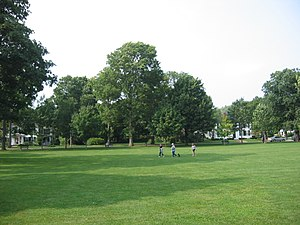 Lexington Battle Green - Image: Battle Green, Lexington (Dudesleeper)