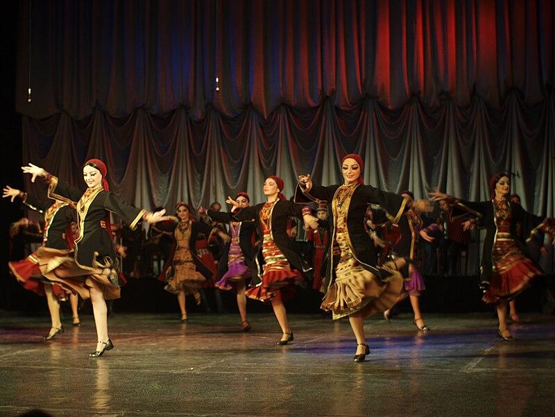 Batumi - Georgian Folklore Dance - Khevsuruli (5024681821).jpg