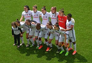 Beşiktaş J.K. (women's football) - Beşiktaş J.K. team in the play-off home match against 1207 Antalya Spor.