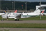 Beechcraft B300 King Air 350, Private JP6412906.jpg