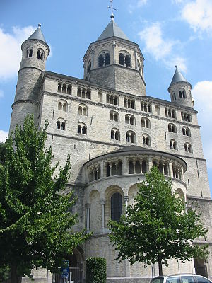 Collegiate Church of Saint Gertrude, Nivelles - Image: Belgium, Nijvel, Main Church