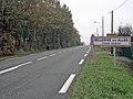 Bellerive-sur-Allier Champ Roubeau entrée.JPG
