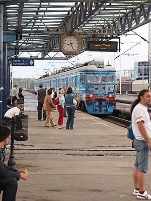 Beovoz - Image: Beovoz in Novi Beograd railway station 2009