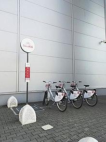 ea86d232585eb Stanovište BikeKIA pri OC MAX.