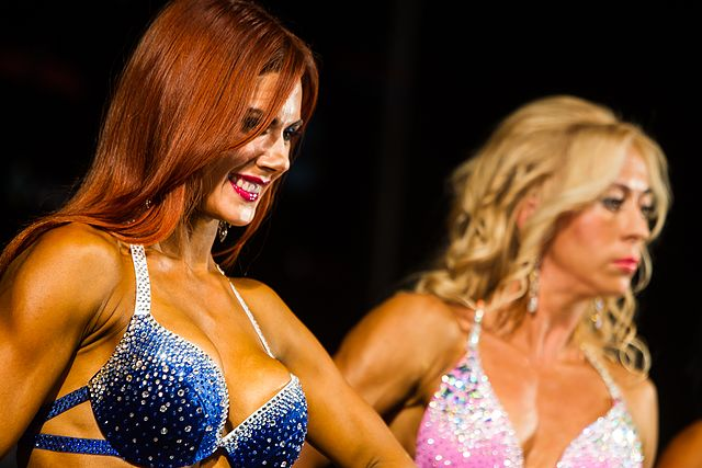 Bodybuilding and fitness bikini open tournament in Kaliningrad (2016-10-16) 10.jpg