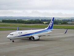 Boeing 737-800 (All Nippon Airways) 60.jpg