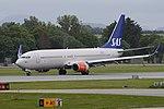 Boeing 737-883 'LN-RRH' Scandinavian Airlines System (45082593931).jpg