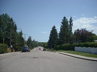 Bowness, Calgary - Residential area in Bowness along 48 Avenue NW