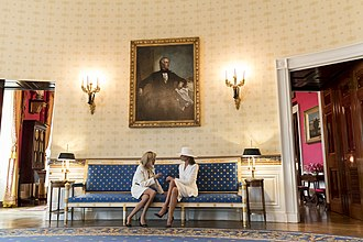 Brigitte Macron - Brigitte Macron with Melania Trump in the White House