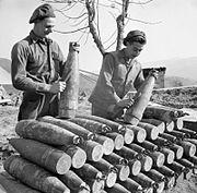 British crew preparing 155 mm shells Italy 22-02-1945 IWM NA 22473