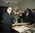 Bundesarchiv B 145 Bild-F011981-0007, Frankfurt-Main, Staatspräsident von Senegal.jpg