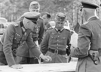 Hermann Hoth - Hoth (center) with Fedor von Bock (left), 8 July 1941