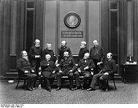 Bundesarchiv Bild 116-121-052, Mitglieder des Deutschen Reichstages.jpg