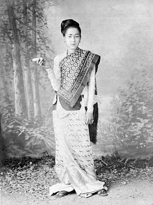 Longyi - A woman dressed in the old htamein style prevalent until the 1900s.
